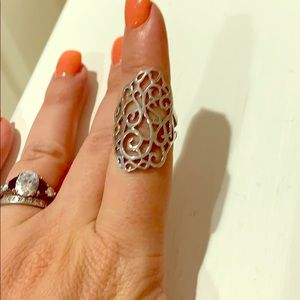 Silver fashion ring